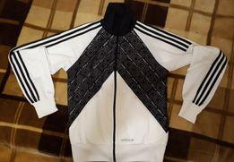 Спортивная кофта Adidas (розмер S)