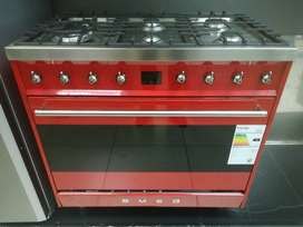 Smeg 6 burner gas eletric stove Red
