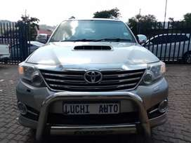 TOYOTA FORTUNER 4x2 AUTOMATIC 3.0D4D ENGINE CAPACITY