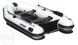 Продам лодку адамант 290