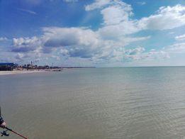 Земля у моря.Дом у моря.