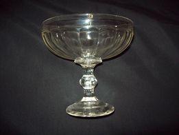 stara szklana paterka lub cukiernica duża