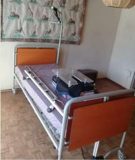 Electronic hospital bed with accessories