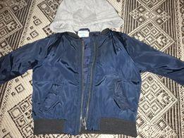 Курточка (демисизонная )