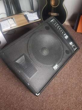 LANEY STAGE MONITOR.I5INS.DRIVE.300.WATTS.ACTIVE.