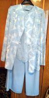 Костюм тройка из легкой ткани небесно-голубого оттенка