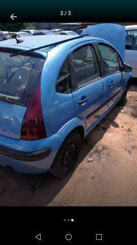 Stripping Citroen C3