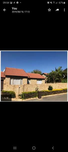 Threatened by a tenant. The house is for sale, No 15, Elohim Complex,