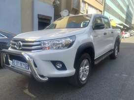 Toyota Hilux 2.4 R 329 999 Negotiable