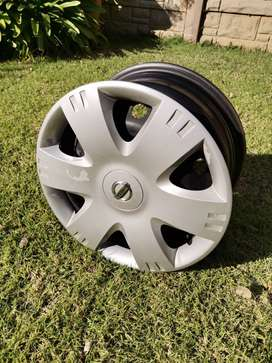 Nissan NP200 rims and covers