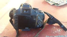 Nikon D3300 +charge +1extra battery