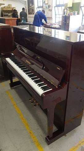 Wendl&Lung model 122 upright piano for sale!