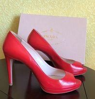 Туфли Prada красные лаковая кожа размер 38