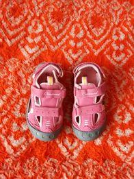 Літна обув