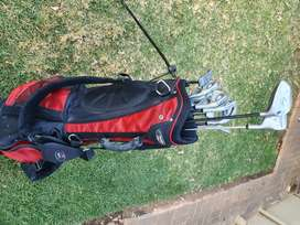 Spalding Golf clubs and bag