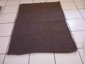 Brand new rug R1000