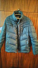 Продам зимнею куртку б/у 50 размер
