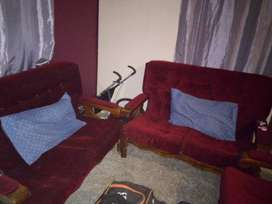 Nice set of couches in good condition.