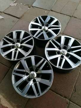 18 FORTUNER RIMS AND TYRES (2018 MODEL)