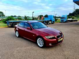 2011 BMW E90 320i EXCLUSIVE - EXCELLENT CONDITION