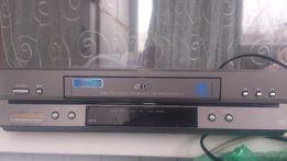 Продам видеомагнитофон LG