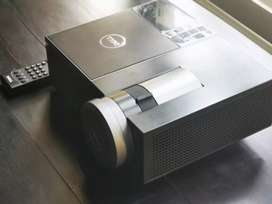 Projector Dell 4220 in great working condition