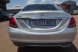 2014 Mercedes-Benz C200 #Sedan 120,000km #Automatic  LIBERTY AUTO