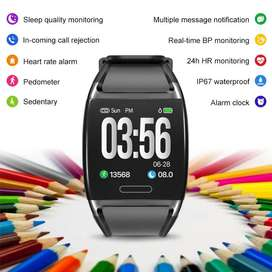 Smart Watch. Reduces to sell.