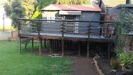 6x6 Log cabin/office with 7x3 wooden deck