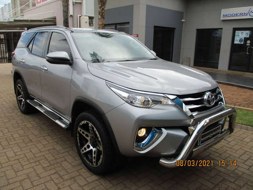2019 TOYOTA FORTUNER 2.4 GD-6 A/T