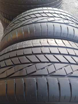2 × 255 / 45 / 20 runflat Goodyear tyres for sale