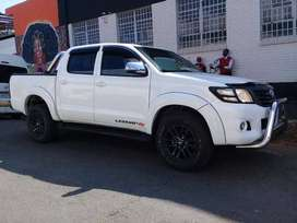 Pre-Owned 2013 Toyota Hilux 2.5 D4D 4X4 Double Cab Manual