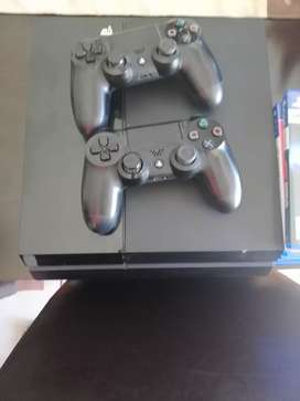 PS4 Excellent Condition with Original Bag, Games and Controllers