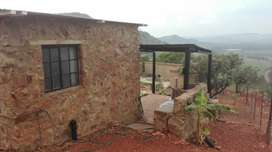 1 Bedroom, 1 Bathroom bachelors unit in Hartbeespoort