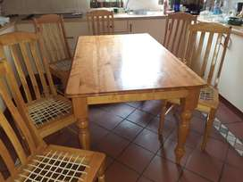 Cotton wood kitchen table and 6 chair