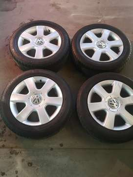 Golf 5 mags and tyres