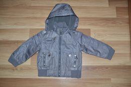 Легкая куртка на флисе р98-104 идеал.сост