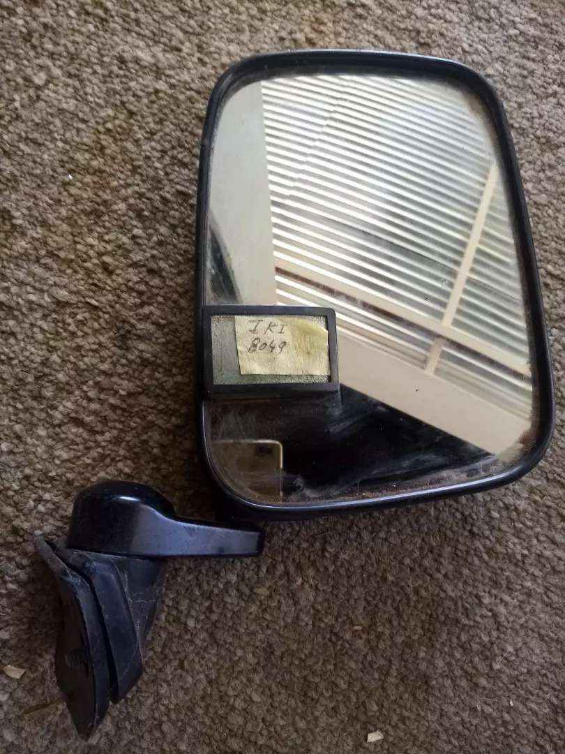 Isuzu Trooper, mirror, IKI 8049 0