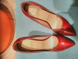 Женские туфли настоящие лабутены