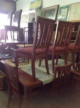 Teble and six chairs