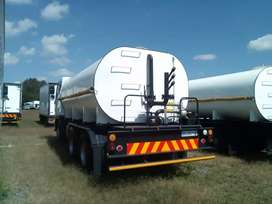 Water tanker manufacturers with hydraulic