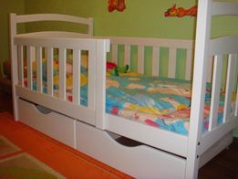 Детская кровать Карина 2 съёмных бортика, 2 ящика. Высший сорт дерева.