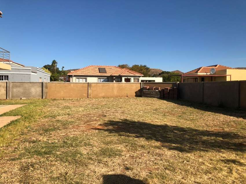 299m2 for sale in Heatherview 0