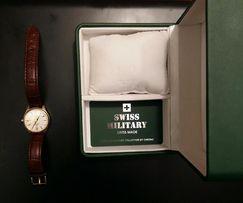 Часы швейцарские Swiss Military, новые у упаковке