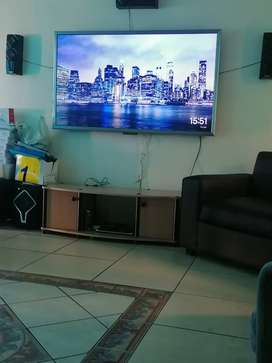 Jvc 65 inch full HD led with remote