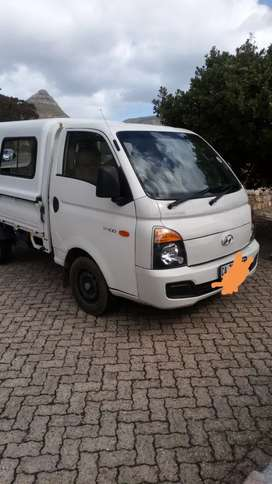 H100 bakkie for hire