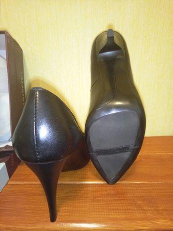 Туфли модельные, классика, натуральная кожа, 38 р. Новые, в коробке. Днепр - изображение 5