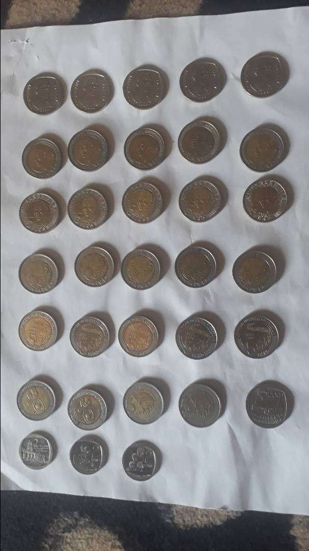 30 x Various collectable Nelson Mandela R5 coins and 3 x R2 coins 0