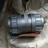 Электродвигатель асинхронный АВ-052-2МУ3