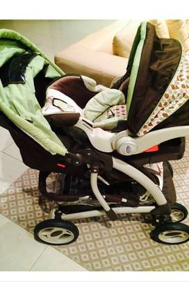 Graco Limited Edition Car seat and Luxury Pram